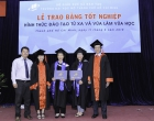Hai mẹ con cùng tốt nghiệp hình thức Đào tạo từ xa và vừa làm vừa học tại trường Đại học Mở TP. Hồ Chí Minh