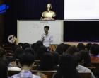 """Hội thảo """"Cuộc chiến thương hiệu"""" thu hút hàng trăm sinh viên tham gia"""