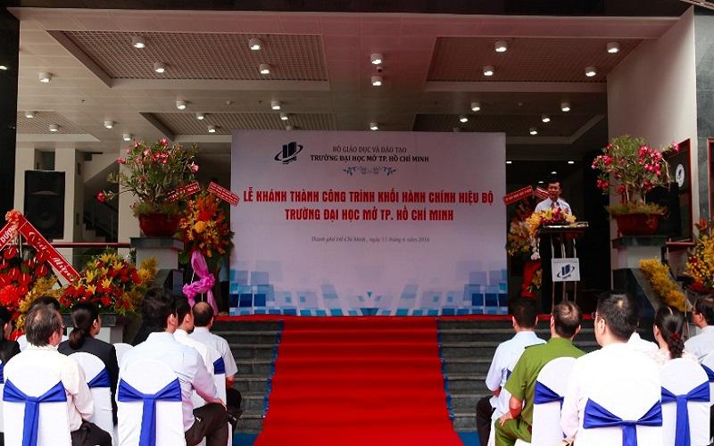 PGS.TS. Nguyễn Văn Phúc – Hiệu trưởng Nhà trường phát biểu