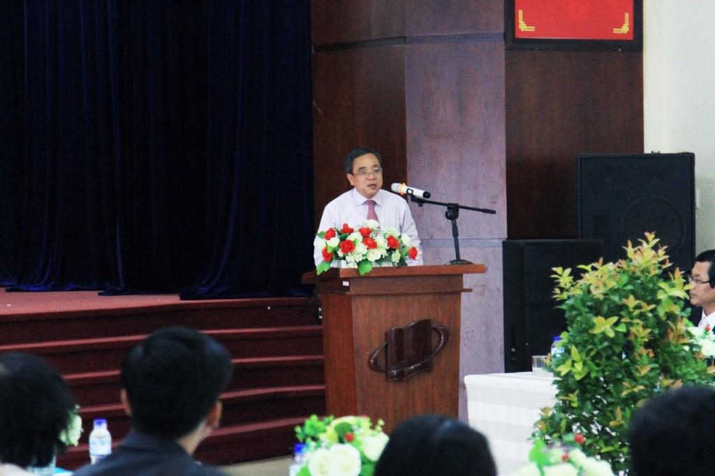 PGĐ Sở công thương Thành phố Hồ Chí Minh - Nguyễn Ngọc Hòa phát biểu chúc mừng nhà trường