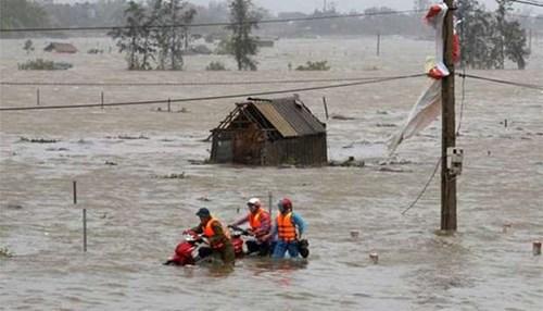Thông báo xét, cấp học bổng hỗ trợ khó khăn đột xuất do thiệt hại bão số 10-Doskuri-2017