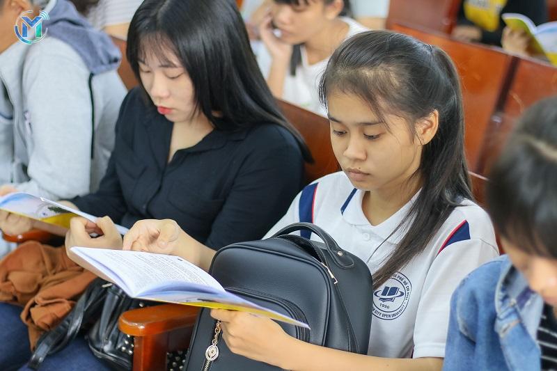 Thông báo Về việc thực hiện các Chuyên đề trực tuyến và Bài thu hoạch  Tuần Sinh hoạt công dân – Sinh viên, NH 2020 – 2021 cho Sinh viên khóa 2017