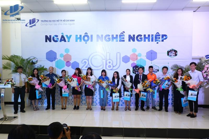 NHNN18 (70) web