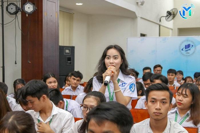 Thông báo Về việc tổ chức Chương trình gặp gỡ và trao đổi với sinh viên Năm  học 2018 – 2019