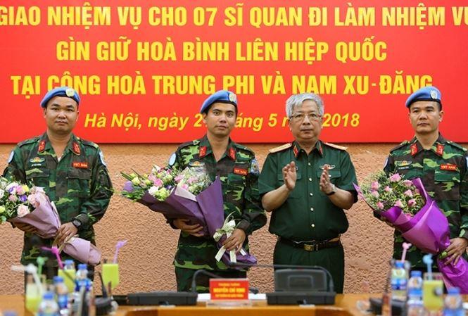 """Thông báo về việc tổ chức Chương trình """"Nhân vật và Sự kiện""""  Chủ đề """"Hoạt động gìn giữ hòa bình Liên hiệp quốc của Việt Nam"""""""