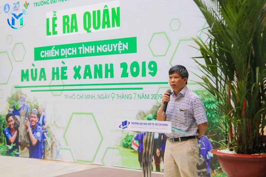 Thầy Nguyễn Thành Nhân - Phó Hiệu trưởng Trường phát biểu chỉ đạo
