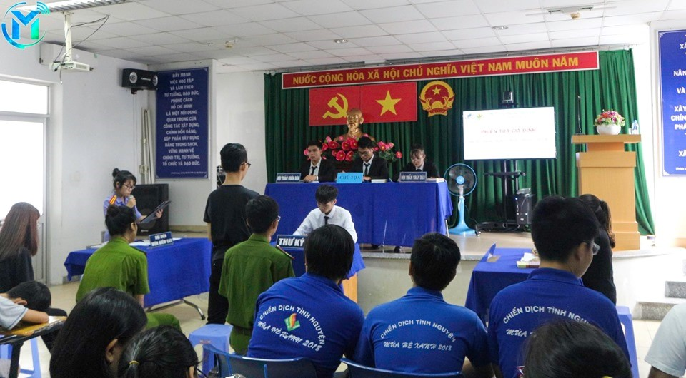 Đội hình Tuyên truyền pháp luật tổ chức phiên tòa giả định về phòng chống xâm hại tình dục ở trẻ em tại quận 11, quận Gò Vấp và Phú Nhuận.