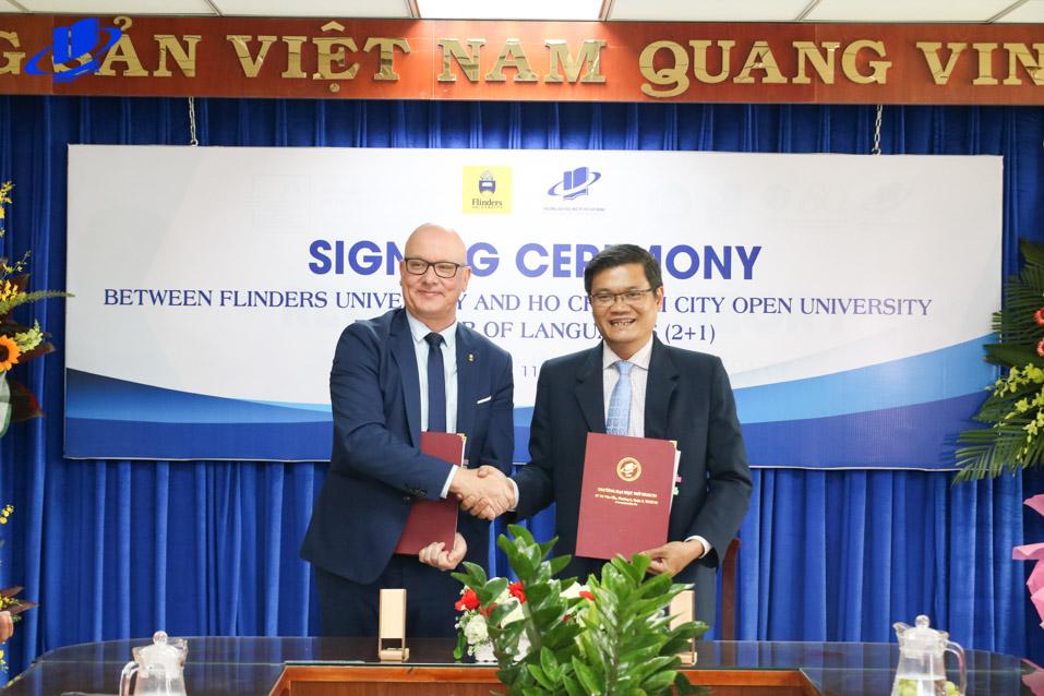 Lễ ký kết thoả thuận hợp tác Chương trình liên kết đào tạo đại học (2+1) và Thạc sĩ Quản trị kinh doanh giữa Trường Đại học Mở TP. Hồ Chí Minh và Đại học Flinders, Australia