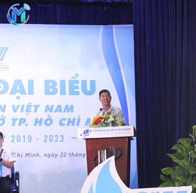 Đ/c Phạm Phạm Kiều Hưng - Ủy Viên Ban Thường Vụ Thành Đoàn, Phó Chủ tịch Thường trực Hội Sinh viên Việt Nam TP. Hồ Chí Minh phát biểu chỉ đạo đại hội