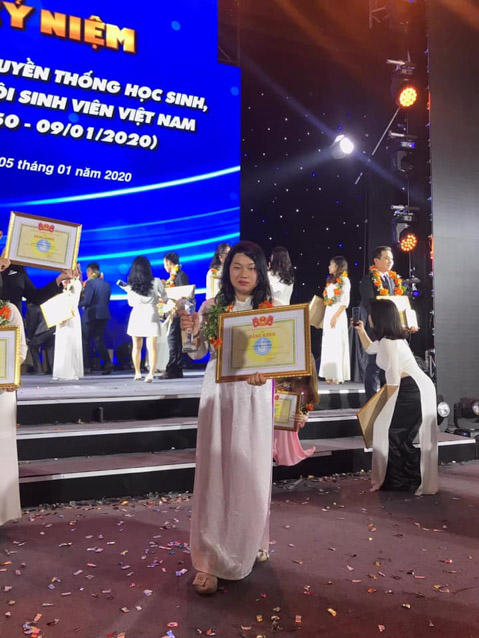Tiêu Khởi Mai, Sinh viên 5 tốt cấp Trung ương năm 2019 - Khoa Đào Tạo Đặc Biệt