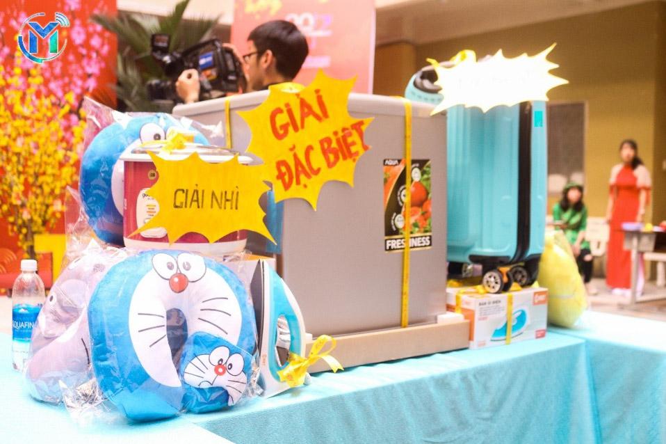 Các phần quà hấp dẫn đặc biệt thu hút các bạn sinh viên khi tham gia ngày hội