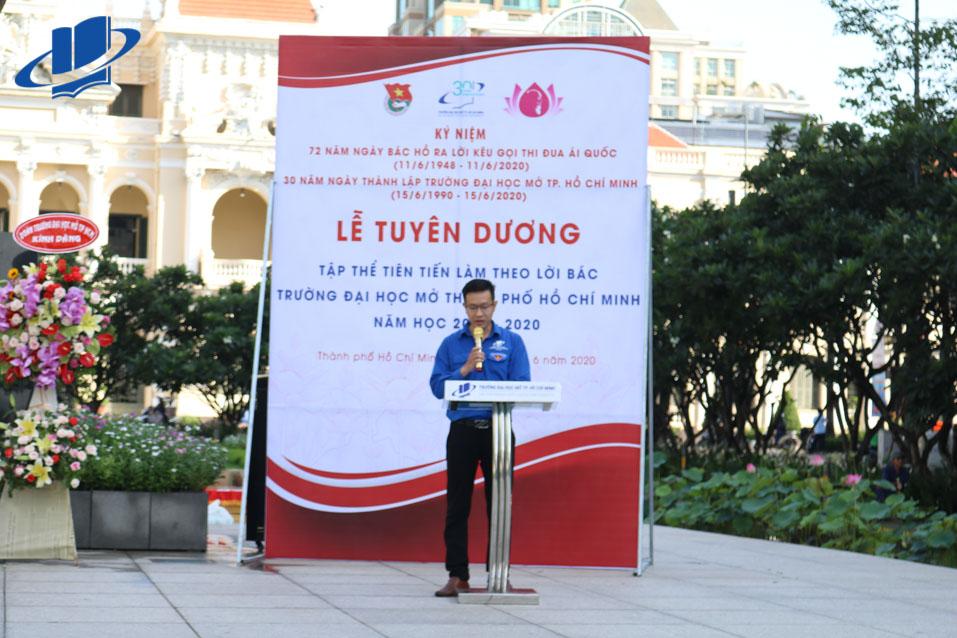 Đồng chí Trần Văn Trí – UV BCH Thành Đoàn, Bí thư Đoàn trường phát biểu trong buổi lễ tuyên dương nhằm động viên và khích lệ Đoàn viên thanh niên ra sức phấn đấu rèn luyện.