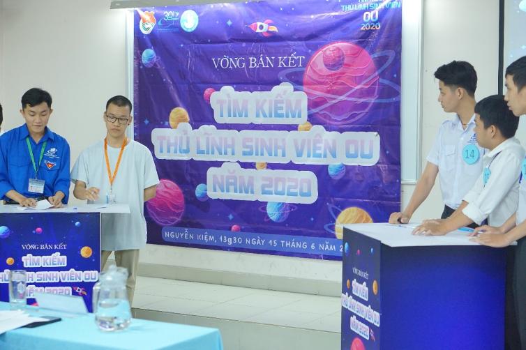 Top 23 thí sinh tại vòng bán kết thủ lĩnh tranh tài phản biện các chủ đề thiết thực, nóng bỏng đang diễn ra trong xã hội.