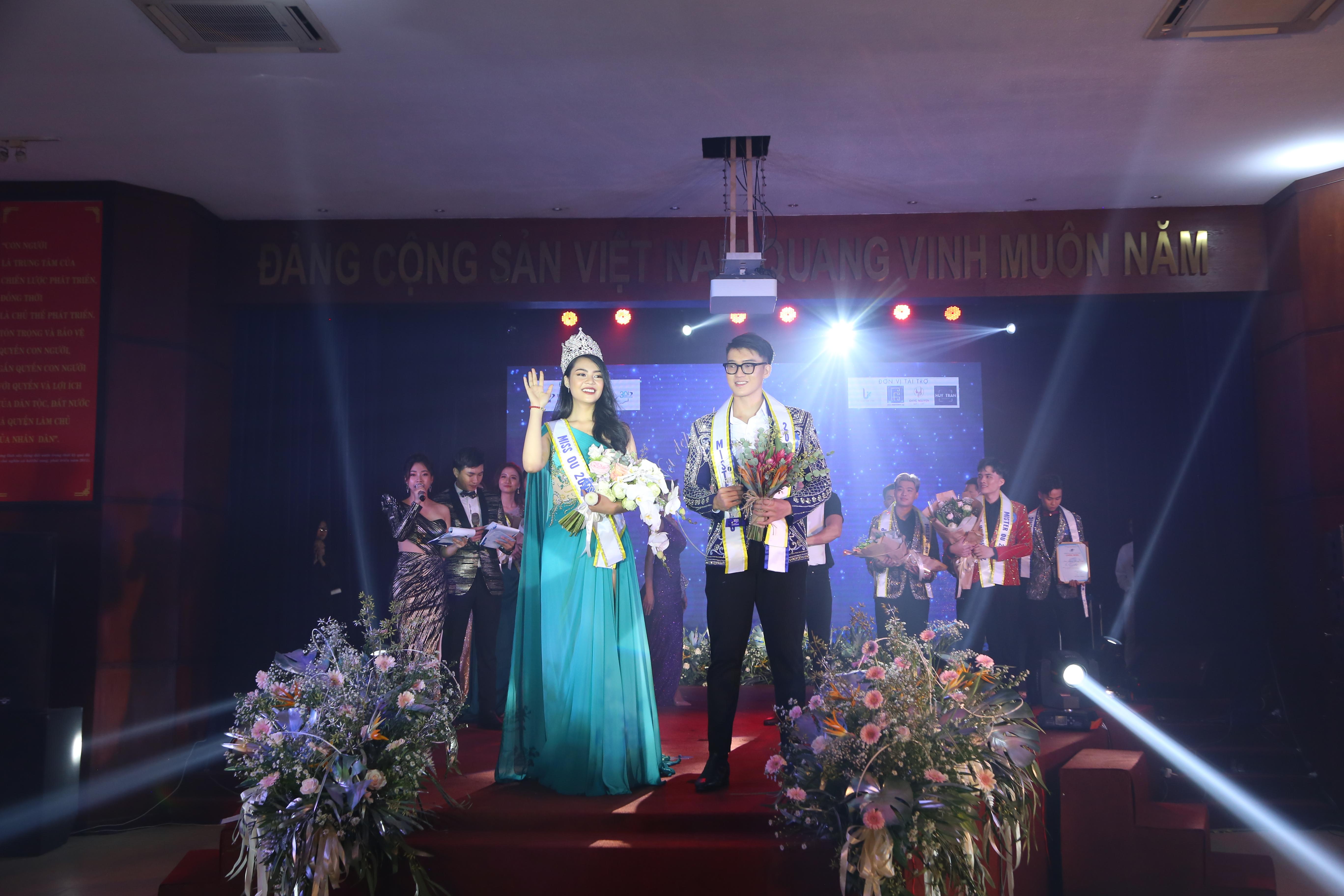 Hoa Khôi Đỗ Thị Thuỳ Duyên và Nam Vương Huỳnh Quốc Khanh