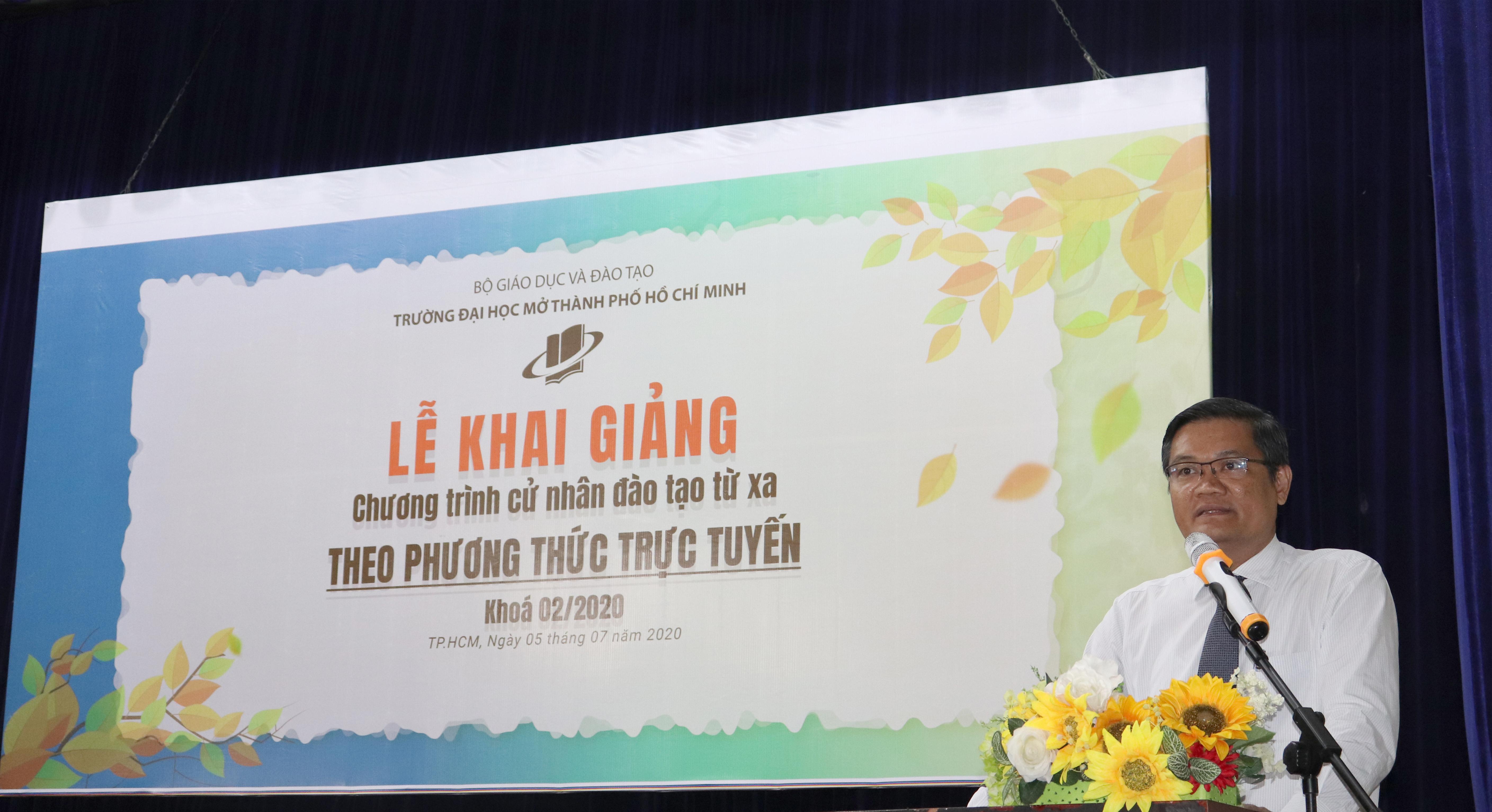 PGS.TS Nguyễn Minh Hà phát biểu khai mạc buổi lễ