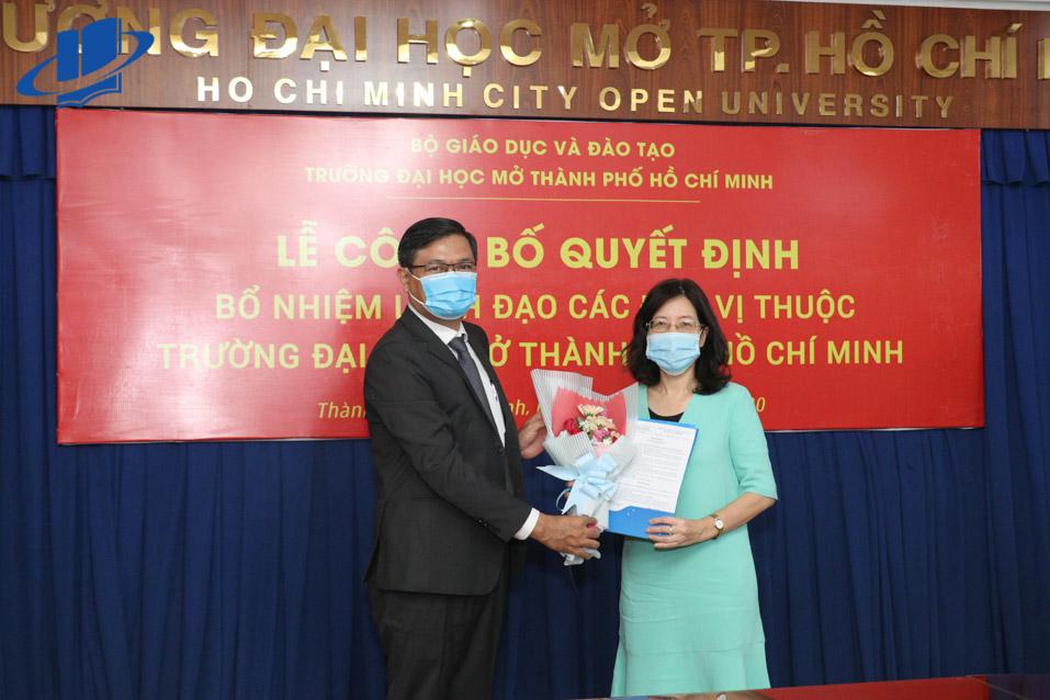 Cô Nguyễn Thúy Nga - Trưởng Khoa Ngoại ngữ