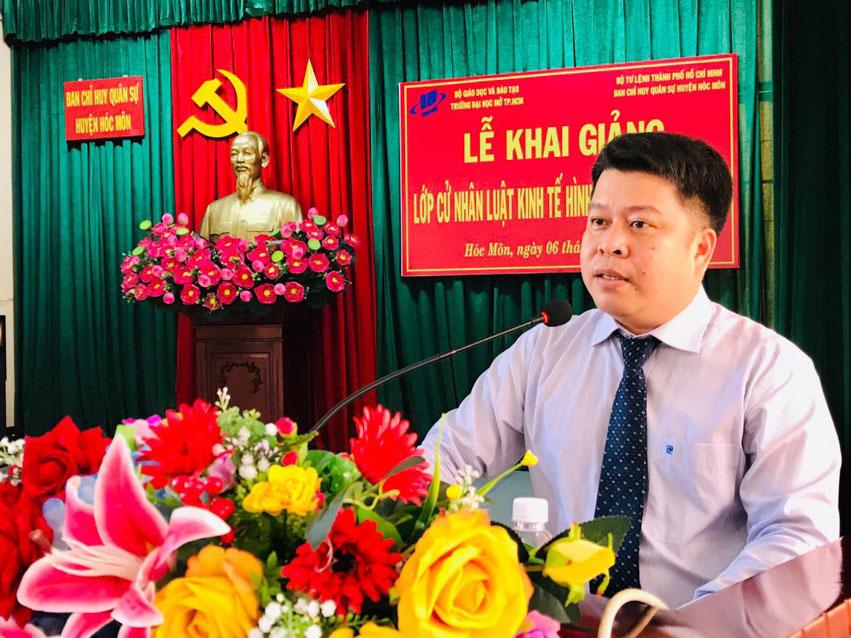 TS. Lê Nguyễn Quốc Khang - Phó Hiệu trưởng Trường Đại học Mở TP Hồ Chí Minh phát biểu tại buổi Lễ