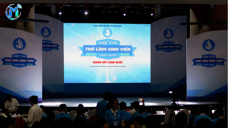Sân khấu trước khi Hội thi diễn ra, thu hút hơn 600 cán bộ Hội viên, sinh viên tham gia