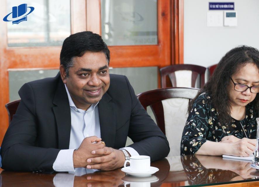 Ông Madan Mohan Sethi – Tổng Lãnh sự quán Ấn Độ tại TP.HCM