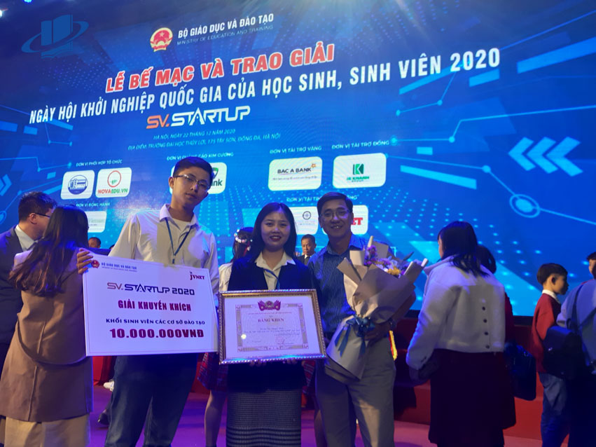 """Dự án """"Sản xuất kinh doanh các sản phẩm từ cây bơ Việt Nam"""" của SV Trường ĐH Mở TPHCM đạt Giải Khuyến khích Cuộc thi SV Startup 2020"""
