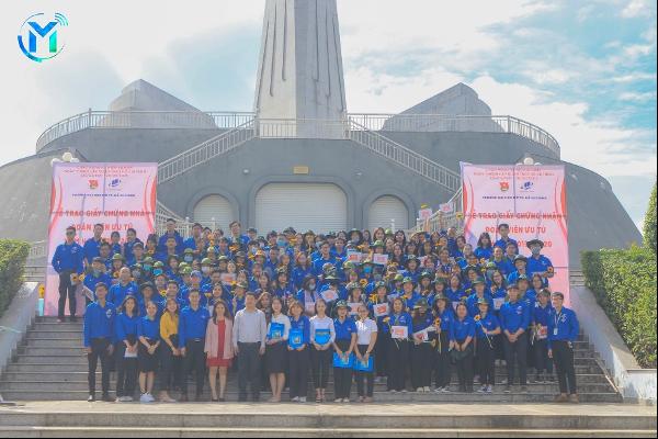 Đoàn Trường ĐH Mở TPHCM tổ chức Lễ trao Giấy Chứng nhận Đoàn viên ưu tú năm học 2019 – 2020 và Chương trình Về nguồn thăm Căn cứ Địa đạo Tam Giác Sắt