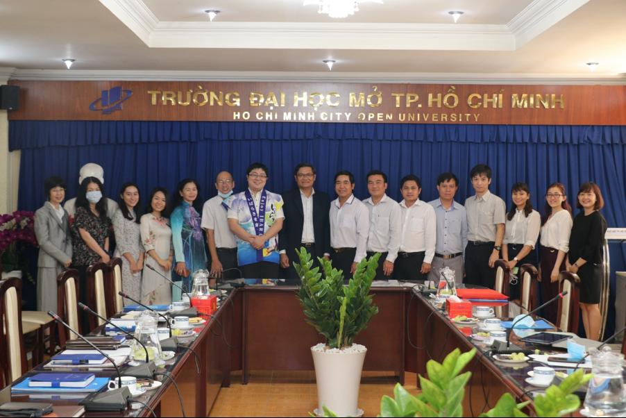 Trường ĐH Mở TPHCM tiếp Đoàn Sở Lao động – Thương binh và Xã hội tỉnh Long An và Đoàn tỉnh Ibarabi (Nhật Bản)