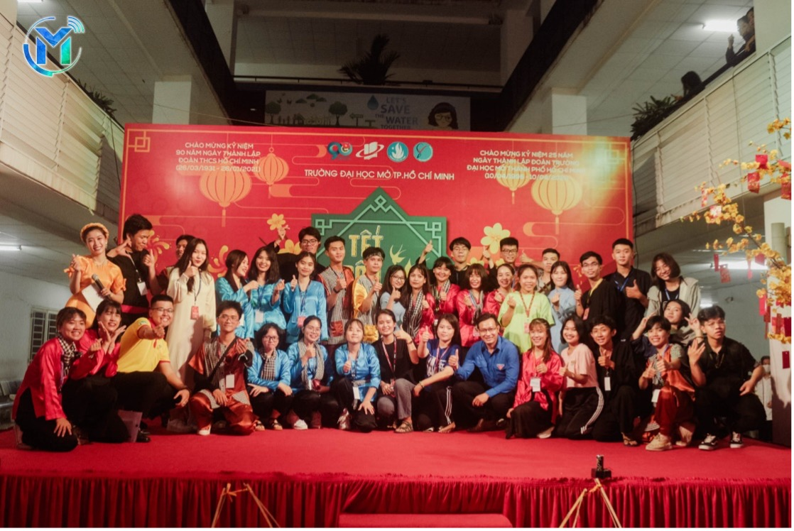 """Trường Đại học Mở TPHCM trao tặng học bổng """"Tết dân tộc năm 2021"""""""