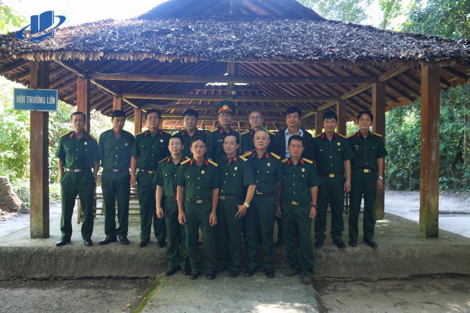 Hội Cựu chiến binh Trường ĐH Mở TPHCM tham quan về nguồn năm 2020