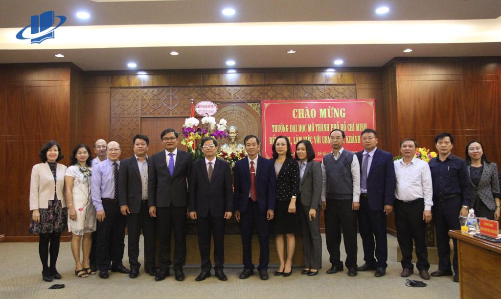 Trường ĐH Mở TPHCM đến thăm và làm việc với UBND Tỉnh Khánh Hoà