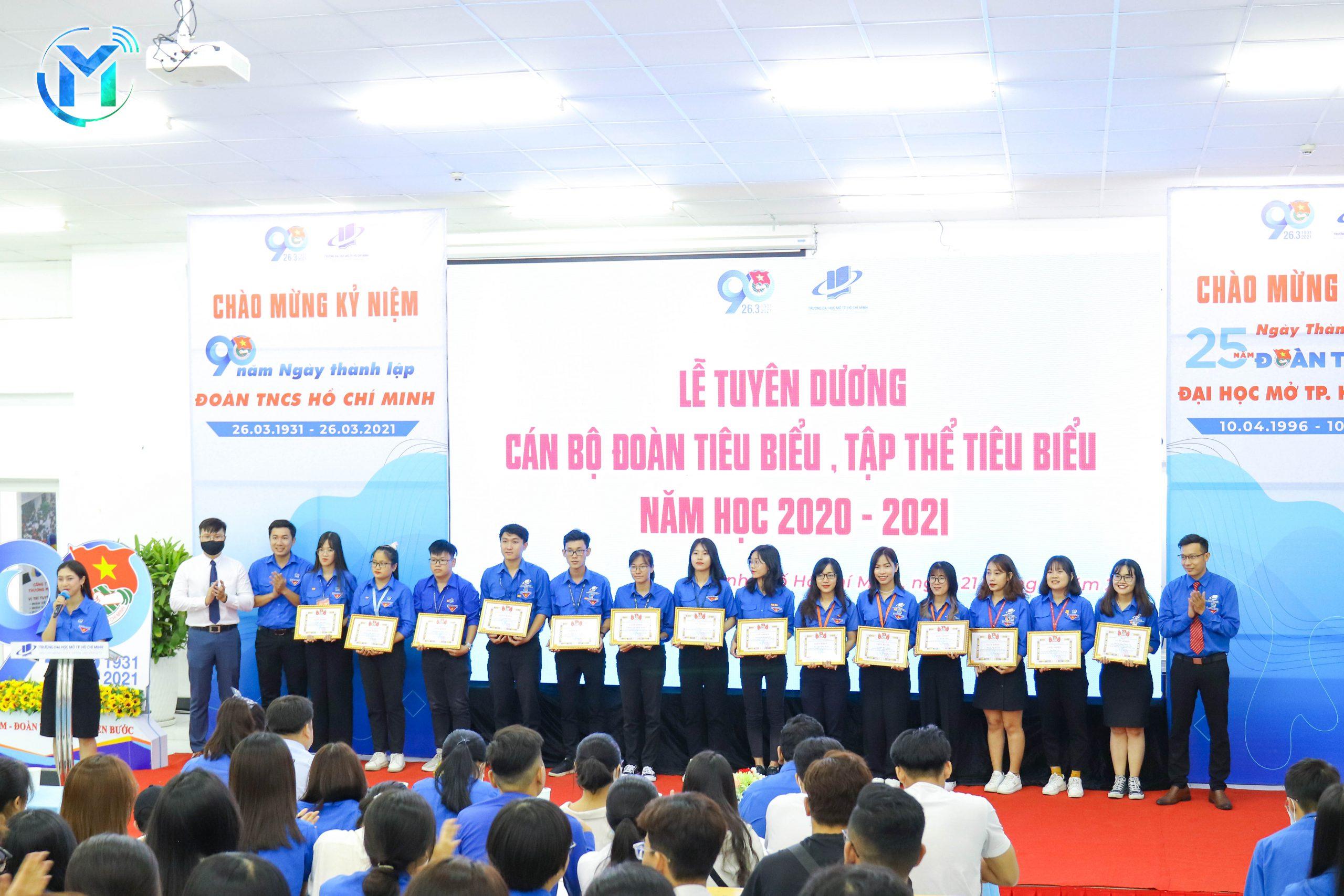 """Lễ Kỷ niệm 90 năm ngày thành lập Đoàn TNCS Hồ Chí Minh (26/03/1931-26/03/2021)  và Tuyên dương 90 Gương """"Cán bộ Đoàn tiêu biểu, tập thể vững mạnh tiêu biểu"""""""