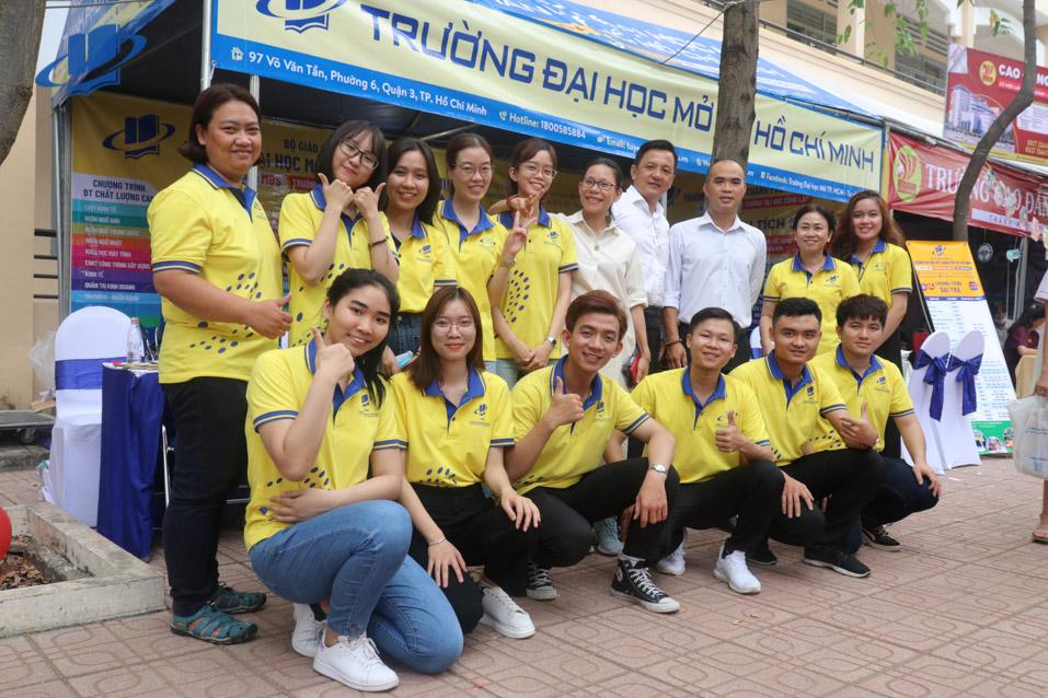 Trường Đại học Mở TP. Hồ Chí Minh tham gia ngày hội tư vấn mùa thi năm 2021