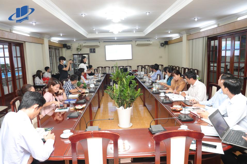 Buổi học tập kinh nghiệm, trao đổi công tác quản lý điều hành hoạt động dạy học trực tuyến giữa Trường Đại học Đồng Tháp và Trường Đại học Mở Thành phố Hồ Chí Minh