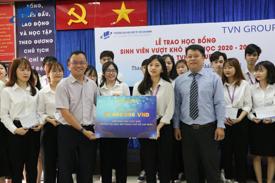 TVN Group trao tặng 30 suất học bổng cho sinh viên Trường Đại học Mở TP. HCM