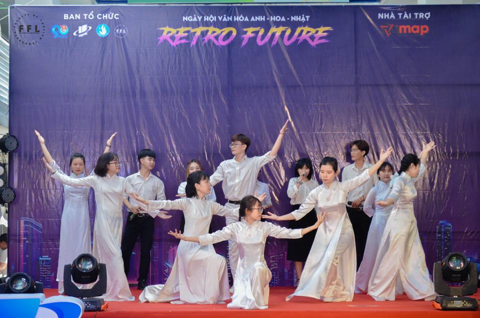 """Trải nghiệm ngày hội văn hoá Anh-Hoa-Nhật-Việt AnGuKo 2021 – Chủ đề """"Retro Future"""""""