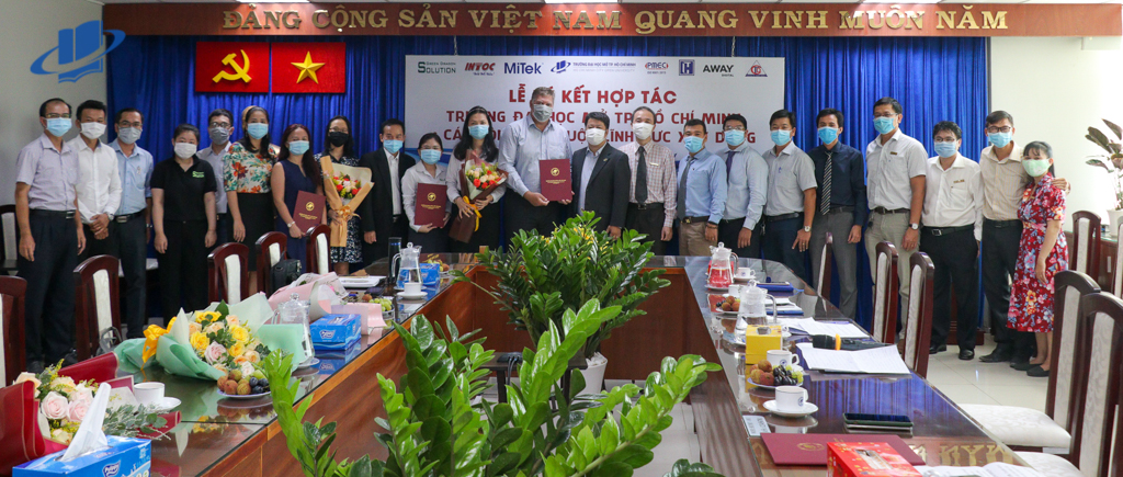 Lễ Ký kết hợp tác hỗ trợ sinh viên giữa Trường ĐH Mở TPHCM và Doanh nghiệp lĩnh vực xây dựng